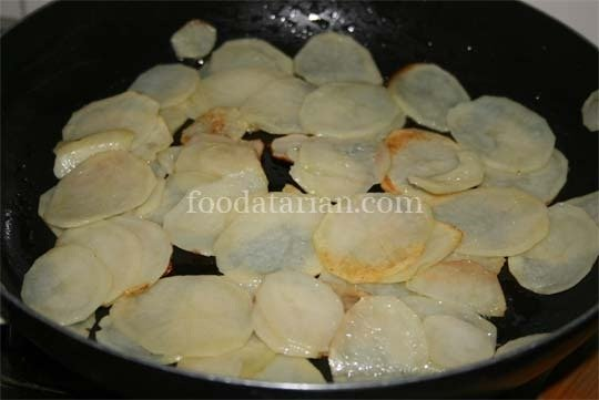 Frying Potato Slices